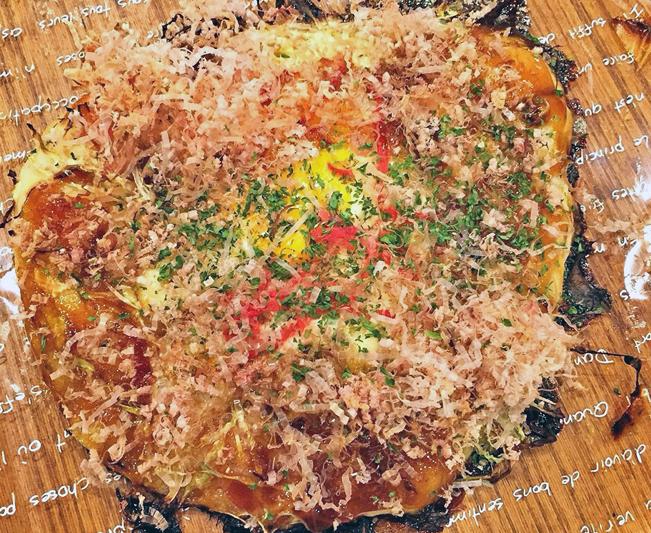 hお好み焼きパン1
